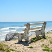 bench-chair-1617335_640
